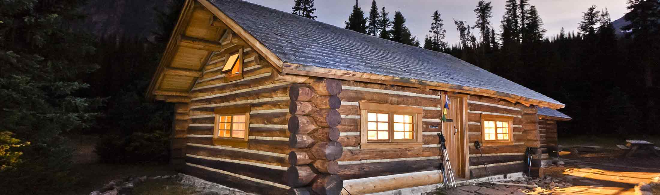 cabins montana red vacation lodge mt for rentals rent cabin